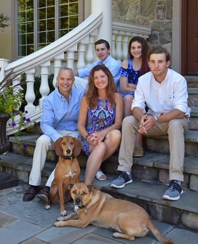 About Dog Eaze Inn Kim Campbell